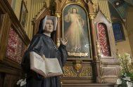 El 5 de octubre la iglesia celebra a Santa Faustina Kowalska, llamada Apóstol de la Divina Misericordia.A través de ella el Señor Jesús…