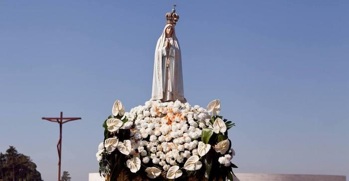 Cada 13de mayo celebramos la fiesta de la Virgen de Fátima, cuya aparición fue aprobada por la Santa Sede en el siglo XX, particularmente por el tercer secreto que María reveló a los tres pastorcitos en la Cova da Iria (Portugal) y fue transcrito por Sor Lucía el 3 de enero de 1944. La Virgen María apareció 6 veces en…