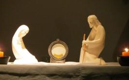 Es un encuentro del alma y de todo nuestro ser con Jesús. Es la criatura que se encuentra con el Creador. Es el discípulo junto al Maestro divino. Es el enfermo con el Médico de las almas. Es el pobre que recurre al Rico. Es el sediento que bebe en la Fuente. Es el débil que se presenta al Omnipotente.…