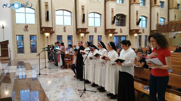 Estudio móvil en Erbil, Iraq. Transmisión de la misa en la iglesia caldea del Pepetuo Socorro (2017).
