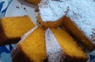 Con una receta heredada de su abuela, Corina Acevedo cocinó durante la Catequesis una torta de zanahoria. Con su dulzura entre manos saldrá…