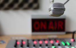 Porque queremos ser siempre tu compañía, si la transmisión se cortó en tu localidad, seguí escuchando Radio María en tu computadora o en tu celular.