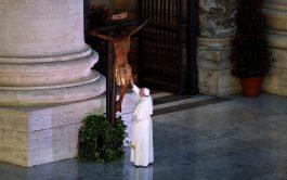 03/04/2020 – Durante la Semana Santa, especialmente en el triduo pascual, conmemoramos el amor de Jesús llevado al extremo. Desde…