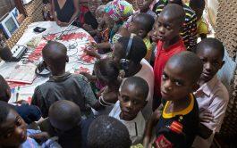 """12/05/2021 – """"En África, Radio Maria juega un rol muy importante en la educación y formación de las personas. La…"""