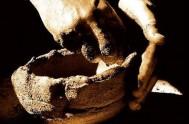 17/20/2013 - En la Catequesis de hoy, el Padre Javier Soteras hizo una invitación a abrirnos a la presencia transformadora de Dios, que…