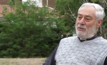08/11/2013 - El Padre Mamerto Menapace, monje benedictino, brindó esta conferencia en la ciudad de Córdoba.