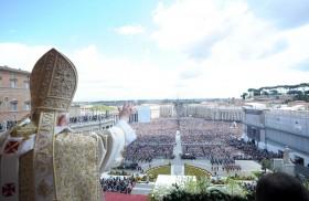 """En el espacio de """"Conferencias para la vida"""" compartimos""""Reflexiones y experiencias sobre la comunicación de tres Papas"""" a cargo del Padre Federico Lombardi, sacerdote jesuita italiano. Él es Director de la Oficina…"""