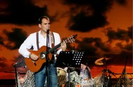 """03/03/2015 – En el espacio de Recreo musical del programa """"Entre Nosotros"""" compartimos un especial sobre Ismael Serrano: música, testimonios, poesía y arte.…"""