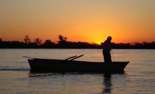 La escena de la pesca milagrosa (Lc 5, 1-11) nos resulta bien conocida. Tras la sobreabundancia…