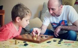 02/02/2016 – La educación de los hijos se nos presenta como un gran desafío. Vivímos con el…