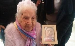27/05/2016 - Secundina Virginia Lozano cumplió 112 años y según el grupo de investigación gerontológica de Estados Unidos es la argentina más longeva y la tercera de Latinoamérica. Es soltera, no tiene…