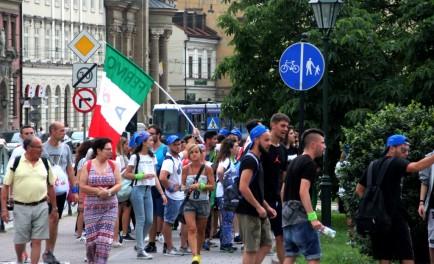 26/07/2016 - En Cracovia - Polonia ha comenzado la tan esperada Jornada Mundial de la Juventud, por este motivo nos comunicamos con el Padre Francisco Palacios, encargado editorial de la World Family,…