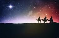 Reyes que vienen por ellas, no busquen estrellas ya, porque donde el sol está no tienen luz las estrellas. Mirando sus luces bellas,…