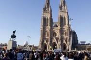 """22/03/2020 – En este nueva edición del programa """"Por la vida"""", se resaltó la importancia de la Misa convocada por la Iglesia Católica…"""