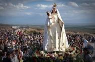 01/11/17 – El quince de agosto, en estación María caminamos junto a la Virgen de la Carrodilla en Luján de Cuyo, Mendoza. Para…