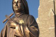 09/08/2018 –Edith Stein fue una filósofa alemana, una intelectual de vanguardia, fue también carmelita y mártir. Juan Pablo II la canonizó en 1998,…