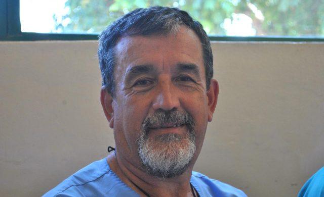 20/10/2018 – Jorge Arias es médico, nació en Lanús pero actualmente vive en la ciudad de Buenos Aires. Es el menor de una familia que llegó en el siglo pasado a la Argentina desde la lejana Galicia (España). Jorge nació aquí, pero sus padres y sus dos hermanos eran españoles. Hoy es un médico con más de 40 años de…