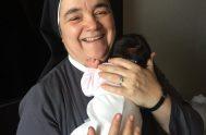24/11/2018 – La hermana María Teresa Sánchez pertenece a la congregación de la Hermanas Terciarias Misioneras Franciscanas. es la vicepostuladora de la causa…