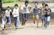 """[audio mp3=""""https://radiomaria.org.ar/_audios/35137.mp3""""][/audio] [caption id=""""attachment_35139"""" align=""""alignnone"""" width=""""650""""] Managua 20 de Nov del 2013.Niños de Monte Tabor Juegan en las calles. Foto Uriel Molina/LAPRENSA[/caption]…"""