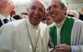 15/12/2018 – El padre Adrián Santarelli es párroco en la comunidad de Santo Tomás Moro en el partido de Vicente…