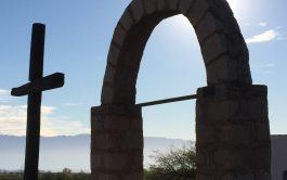 """20/03/2019 - Monseñor Dante Braida, obispo de La Rioja, comenzó recordando en qué momento conoció a Monseñor Angelelli diciendo que """"Lo conocía desde joven, siendo seminarista, conocía sobre su martirio, me impactaba que haya dado la vida por su pueblo y por trabajar de un modo participativo, pero nunca había tenido una llegada más directa a la vida y a…"""