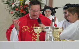 20/04/2019 – Muchas veces lo escuchás en Radio María, el padre Gabriel Camusso es párroco de la…