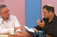"""24/05/2019 Los viernes por la tarde, la propuesta audiovisual de """"Diálogo de hermanos"""" nos invita a reconocernos en un diálogo fraterno y abierto…"""