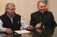 """[audio mp3=""""http://radiomaria.org.ar/_audios/39271.mp3""""][/audio] 25/06/2019 – El obispo de Nueve de Julio, monseñor Ariel Torrado Mosconi, firmó un acuerdo con el intendente de General Villegas,…"""