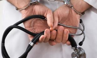 24/06/2019 –Leandro Rodríguez Lastra, el ginecólogo de Río Negro acusado de negarle un aborto no-punible contemplado por…