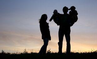 """22/06/2019 – """"Nuestros hijos lo único que nos piden es que los amemos"""", expresó Adrián Dall`Asta, creador…"""
