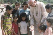 19/08/2019 – Esta semana, en Historias de santidad, conocimos la vida, obra y legado del Siervo de Dios Monseñor Jorge Gottau, primer Obispo…