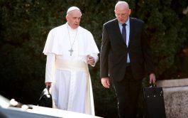 15/10/2019 –La dimisión llega después de la difusión ilícita de un comunicado firmado por el jefe de la Gendarmería Vaticana…