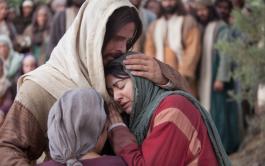 """08/10/2019 –Martes de la vigésima séptima semana del tiempo ordinario """"Mientras iban caminando, Jesús entró en un pueblo, y una…"""