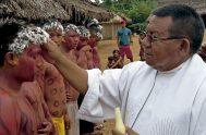 """[audio mp3=""""http://radiomaria.org.ar/_audios/verseletti.mp3""""][/audio] 14/10/2019 -Sigue desarrollándose en el Vaticano el Sínodo para la Amazonía y, como viene siendo habitual, se ofreció el informe diario…"""