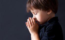"""16/10/19-La oración no es un ejercicio mental, no es hacer algo, sino que es un encuentro con Alguien (con mayúscula); es un encuentro íntimo de dos corazones: el corazón Santo de Dios, y nuestro pobre corazón. """"El camino de la oración clave de la paz"""" es el nuevo ciclo que ponemos al aire junto al Padre Gustavo Jamut, Oblato de…"""