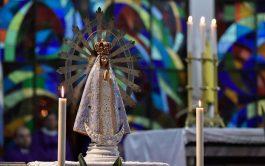 05/11/2019 –La imagen de la Virgen de Luján que acompañó a los soldados en Malvinas volvió ayer a la Argentina,…