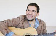 29/11/2019 – Maxi Larghi es un cantante y compositor católico, del Valle de Traslasierras en la Provincia de Córdoba y su vocación lo…