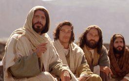 """11/11/2019 –Lunes de la trigésima segunda semana del tiempo ordinario """"Después dijo a sus discípulos: «Es inevitable que haya…"""