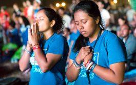 """06/11/19-El camino de la oración clave de la paz"""" es el ciclo que ponemos al aire junto al Padre Gustavo…"""