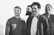 09/12/2019 – Juan José Vasconello, cantante de Ahyre junto con Sebastián Giménez, Federico Maldonado y Hernando Mónico, nos habló en Vive en la…