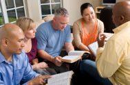 """[audio mp3=""""http://radiomaria.org.ar/_audios/catefamilia.mp3""""][/audio] 28/01/2020 -""""En aquel tiempo, llegaron la madre y los hermanos de Jesús y desde fuera lo mandaron llamar. La gente que…"""