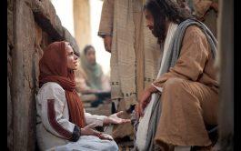 """13/02/2020 –""""En aquel tiempo, Jesús fue a la región de Tiro. Entró en una casa procurando pasar desapercibido, pero no…"""