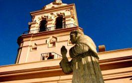 25/05/2020 – ¿Quién fue Fray Mamerto Esquiú? Le preguntó en Madre del Pueblo, el padre Marcelo Amaya al profesor Mario…