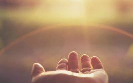 """04/08/2020 – Cerramos, con esta edición, el ciclo """"Aprendizajes espirituales del aislamiento"""" junto al padre Fernando Cervera, sacerdote jesuita, quien…"""