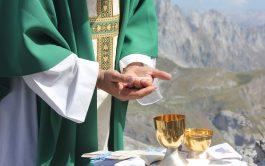 """18/09/2020 – La Comisión Episcopal de Ministerios, la Cemin, estuvo en """"Animados por el Espíritu"""", y fue monseñor Daniel Fernández,…"""