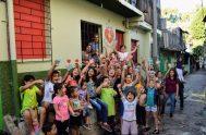 """[audio mp3=""""https://radiomaria.org.ar/_audios/53274.mp3""""][/audio] 18/01/2021 –""""La gente sufre mucho pero tiene una fe tan grande, que contagian esperanza"""", consideran Ludmila y Charo de Puntos Corazón…"""
