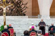 """El Cardenal Raniero Cantalamessa ofrece,en esta oportunidad, una reflexión acerca del amor de Jesús y a la vez nos pregunta: """"¿Qué clase de…"""