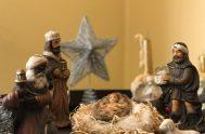 05/03/2021 –Continuando con las contemplaciones en torno al nacimiento de Jesús, hoy seguimos el recorrido de los Magos venidos de oriente que llegan…