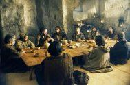 """19/03/2021 –En la tercera semana de los ejercicios ignacianos, en el día 22, contemplamos a Jesús en la última cena. """"Jesús sabe que…"""