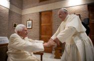 16/04/2021 – El papa emérito, Benedicto XVI, cumple este viernes 16 de abril 94 años y lo celebrará en el convento 'Mater Ecclesiae'…